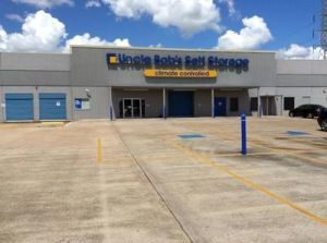 Uncle Bob's Self Storage - Webster - W Nasa Rd 1