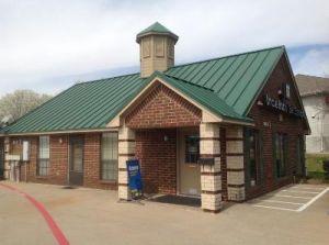 Uncle Bob's Self Storage - Fort Worth - Bryant Irvin Rd