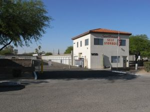 Southwest Self Storage - S. Tucson