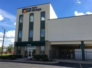 Uncle Bob's Self Storage - Orland Park - 184th Place
