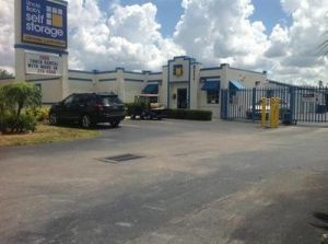 Uncle Bob's Self Storage - Fort Myers - Cleveland Avenue