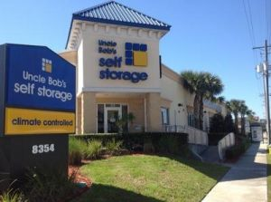 Uncle Bob's Self Storage - Tampa - West Hillsborough Avenue