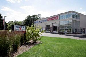 The Lock Up Storage Centers - Livingston