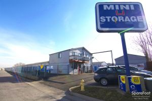 Mini U Storage - Thornton