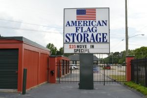 American Flag Self Storage - Hope Mills