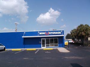 Mini U Storage - Bradenton