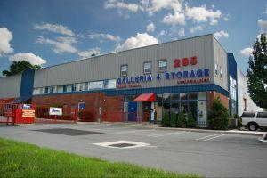 4 Storage - Galleria