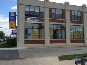Uncle Bob's Self Storage - Chicago - 2850 North Pulaski Road
