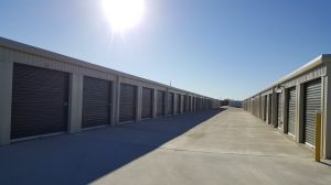 Lockaway Storage - 3009 & FM 78