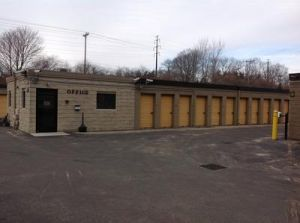 Uncle Bob's Self Storage - East Greenwich - Frenchtown Rd