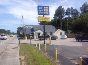 Uncle Bob's Self Storage - Summerville