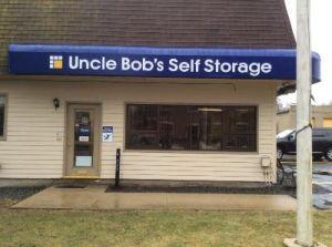 Uncle Bob's Self Storage - Dracut