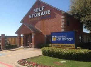 Uncle Bob's Self Storage - Duncanville