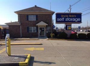 Uncle Bob's Self Storage - Louisville - Dixie Hwy
