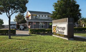 Storage Choice - Mira Vista