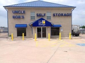 Uncle Bob's Self Storage - Round Rock - S AW Grimes Blvd