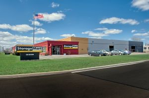 StorageMart - North Ave & I-355