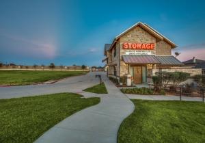 Advantage Storage - Denton