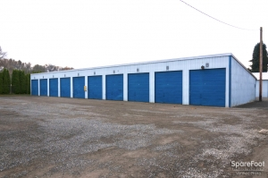 Stor-Eze Self Storage - Photo 11