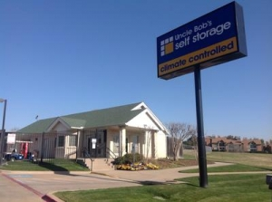 Life Storage - Bedford - Crystal Springs