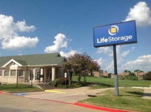 Life Storage - Bedford - Crystal Springs Street
