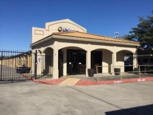 Life Storage - Houston - West Little York