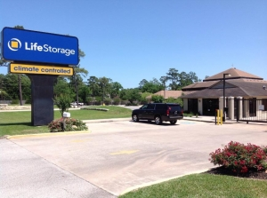 Image of Life Storage - Spring - Louetta Road Facility at 6911 Louetta Road  Spring, TX