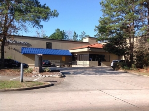 Image of Life Storage - The Woodlands - Panther Creek Pines Facility at 4455 Panther Creek Pines  The Woodlands, TX