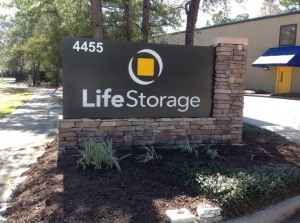 Image of Life Storage - The Woodlands - Panther Creek Pines Facility on 4455 Panther Creek Pines  in The Woodlands, TX - View 4