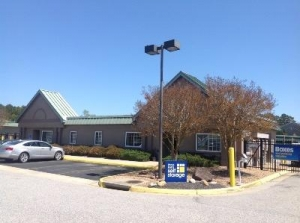 Uncle Bob's Self Storage - Newport News - Brick Kiln Blvd