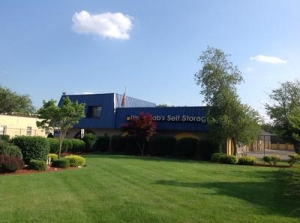 Uncle Bob's Self Storage - Toms River - Route 37 W