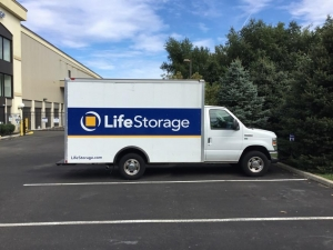 Image of Life Storage - West Deptford Facility on 777 Mantua Grove Rd  in West Deptford, NJ - View 3