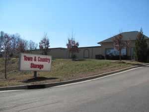 A Town and Country Storage - Huntersville Facility at  509 Seagle Street, Huntersville, NC