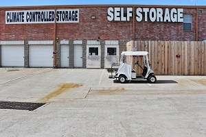 US Storage Centers - Dallas - Cockrell