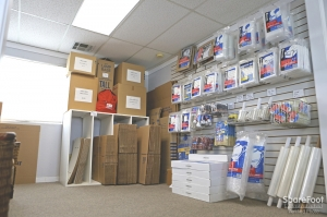 Studebaker Self Storage Long Beach Low Rates