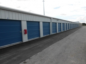 Storage America - Port Charlotte - Photo 6