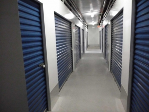Storage America - Port Charlotte - Photo 7