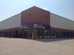 Uncle Bob's Self Storage - High Ridge -
