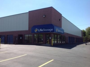 Life Storage - High Ridge