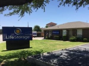 Life Storage - Arlington - East Lamar Boulevard