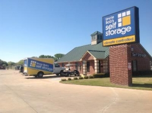 Life Storage - Fort Worth - N Beach St