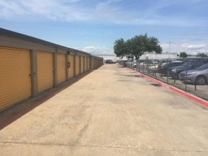 Picture of Life Storage - Plano - Plano Parkway