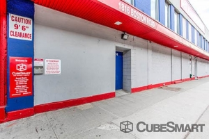 CubeSmart Self Storage - Bronx - 1816 Boston Rd Facility at  1816 Boston Rd, Bronx, NY