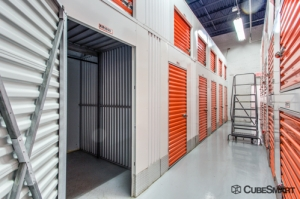 Image of CubeSmart Self Storage - Tuckahoe Facility on 40 Marbledale Rd  in Tuckahoe, NY - View 2