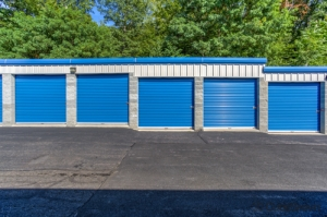 Image of CubeSmart Self Storage - Yorktown Heights Facility on 3277 Crompond Rd  in Yorktown Heights, NY - View 2