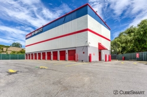 Image of CubeSmart Self Storage - New Rochelle - 111 Cedar St Facility on 111 Cedar St  in New Rochelle, NY - View 4