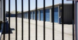 Central Self Storage - Broadway - Photo 2