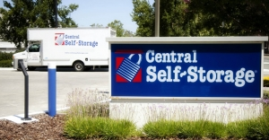 Central Self Storage - Broadway - Photo 6