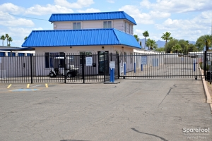 Central Self Storage - Ellsworth - Photo 3