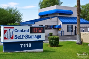 Central Self Storage - 67th Ave Facility at  7118 N 67th Ave, Glendale, AZ